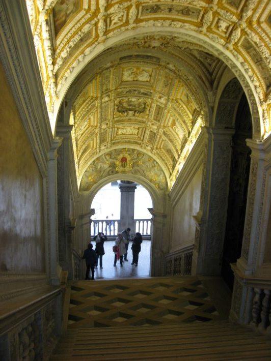 ドゥカーレ宮殿黄金の階段